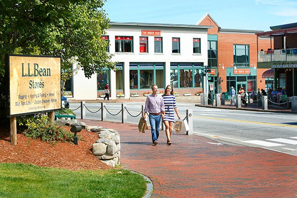Shopping in Downtown Freeport