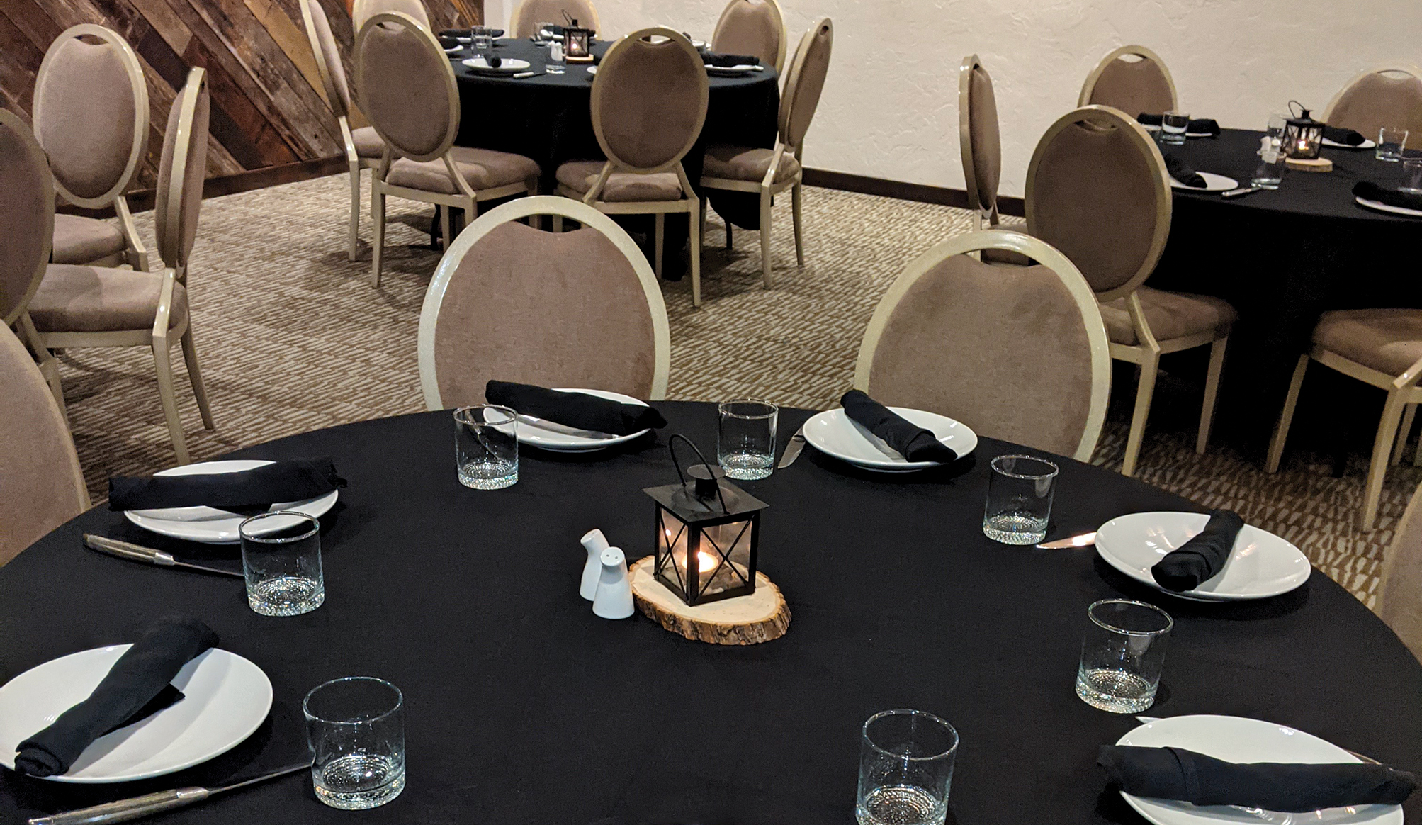 The Great Northern Meeting Rooms provides an intimate location for your meeting or event.
