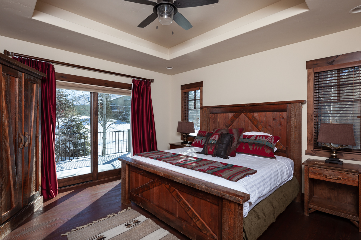 Luxury Home #16 Bedroom 1
