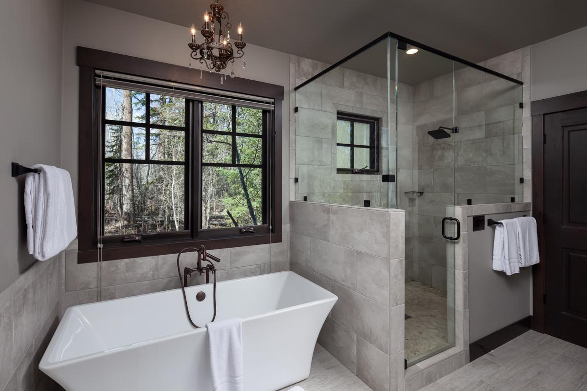 Luxury Home #1 Master Bath – Lindsay G