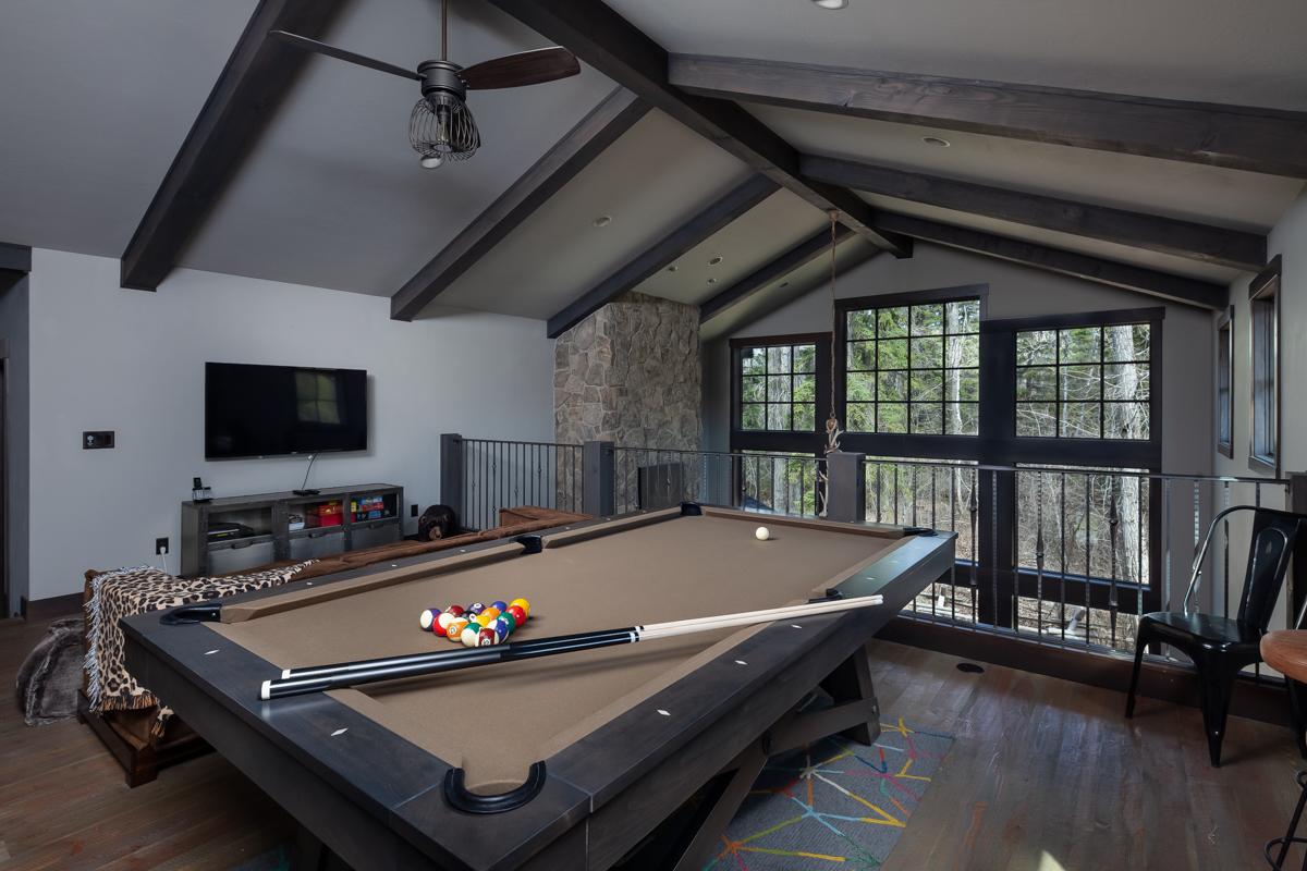 Luxury Home #1 Game Room – Lindsay G