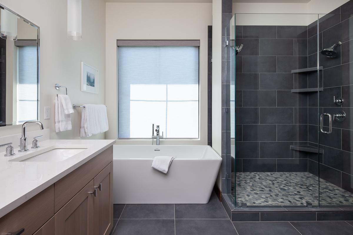 Luxury Home #9 Bath 1
