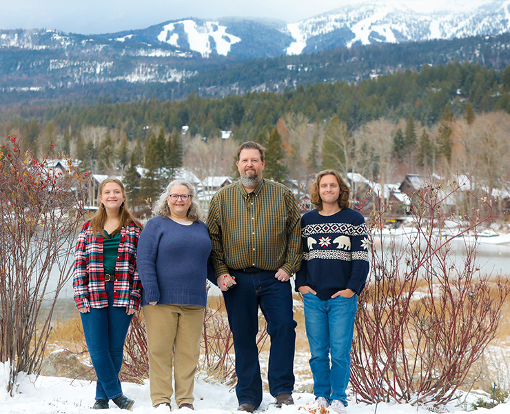 Williams Family Portrait by Mountain Life Photography at The Lodge at Whitefish Lake – Williams Family & Mountain Life Photography