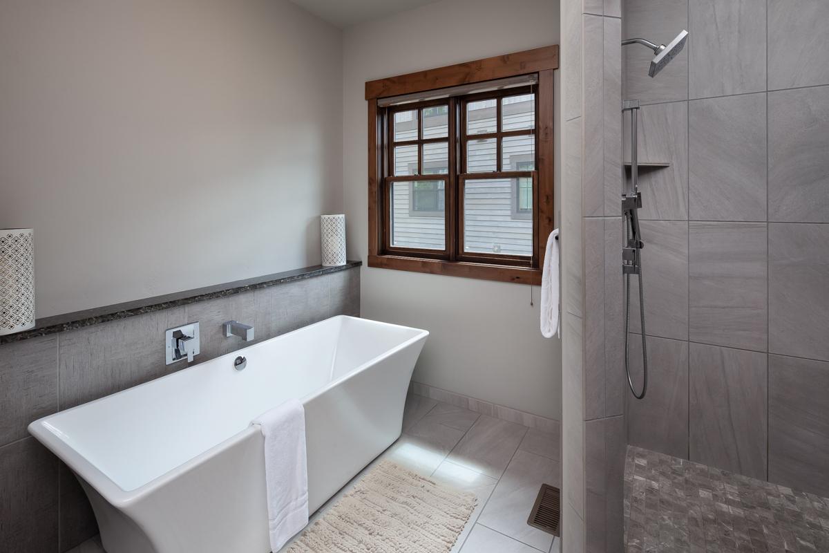 Luxury Home #8 Master Bath – Lindsay Goudreau