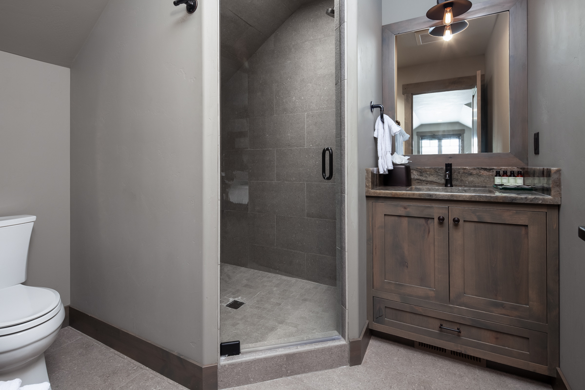 Luxury Home #3 - Bath #3 – Lindsay Goudreau