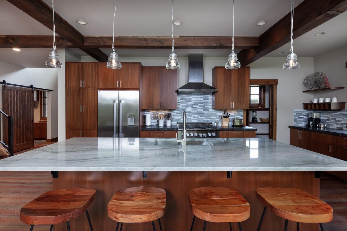 Luxury Home #8 Kitchen – Lindsay Goudreau