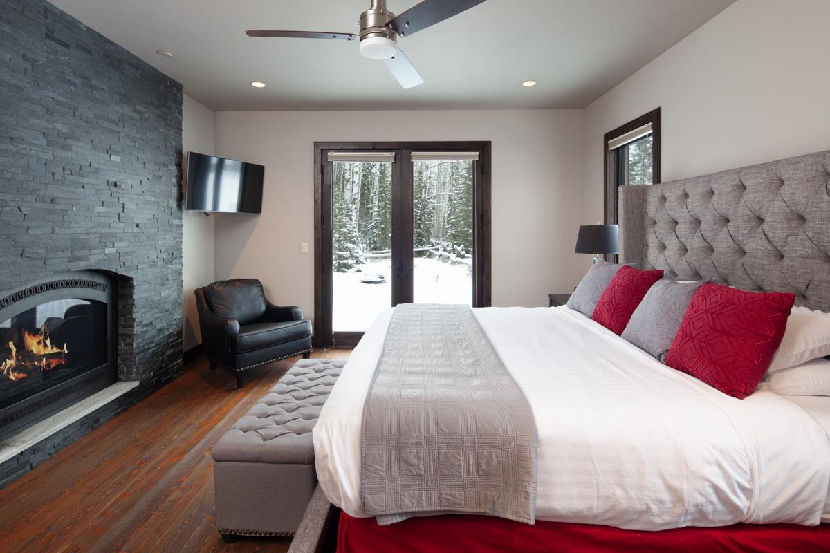Luxury Home #10 Master Bedroom – Lindsay G