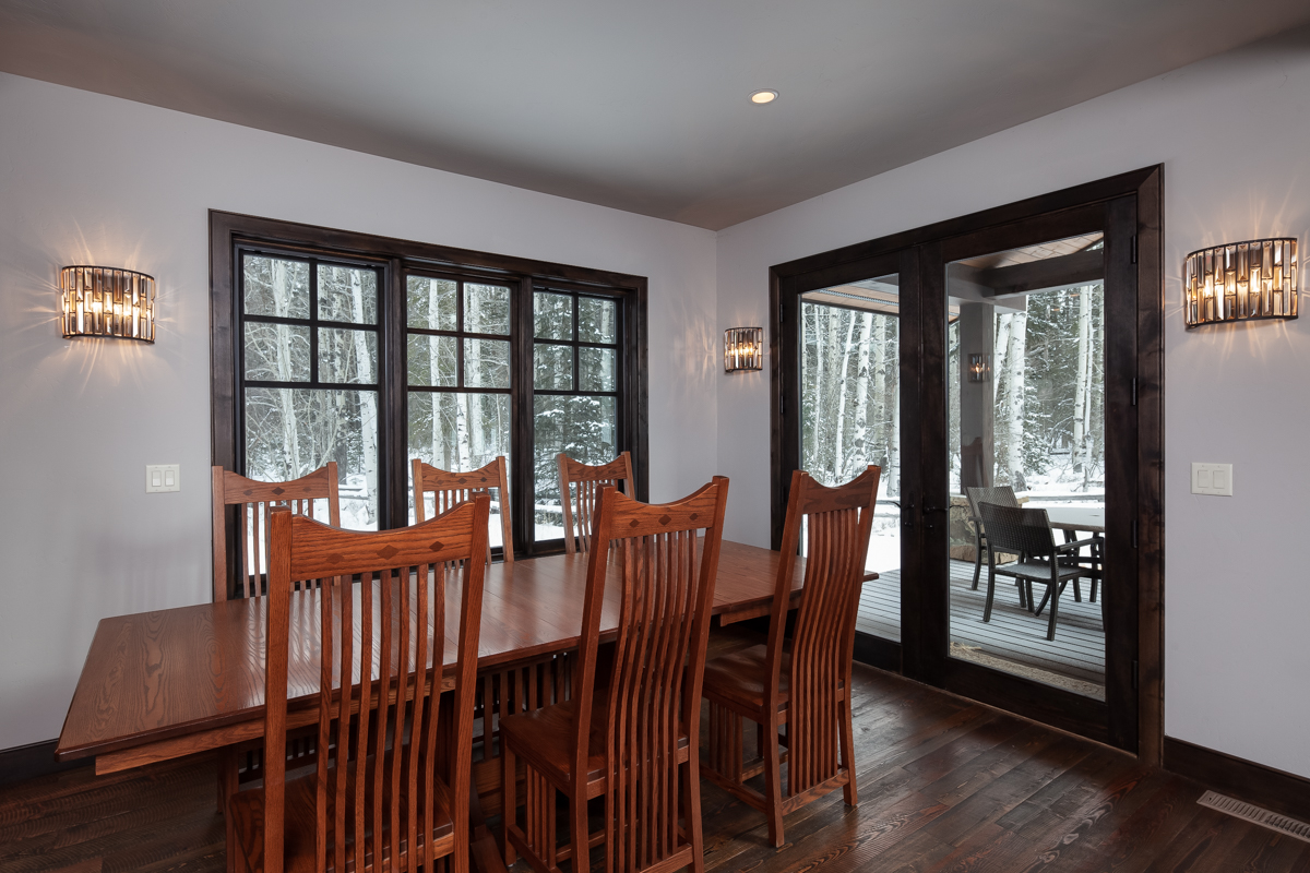 Luxury Home #10 Dining Room – Lindsay G