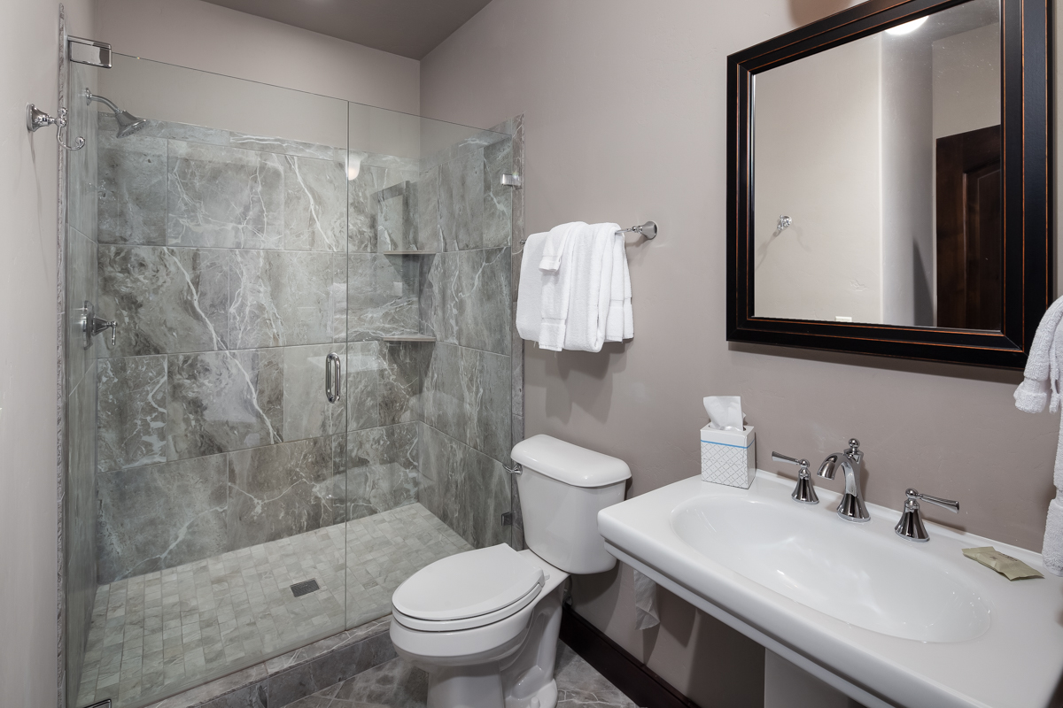 Luxury Home #10 Bath 2