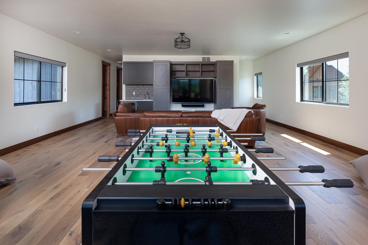 Luxury Home #9 Rec Room 2