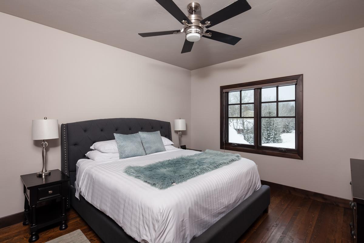 Luxury Home #10 Bedroom 2 – Lindsay G