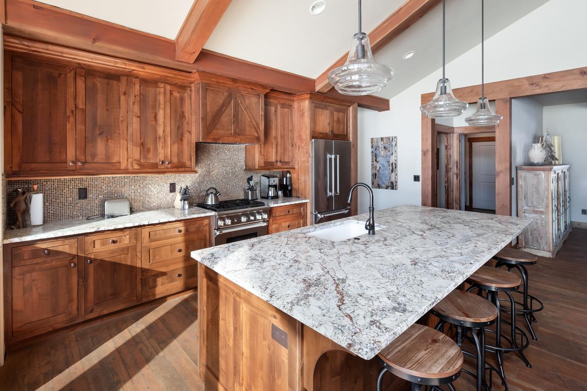 Luxury Home #14 Kitchen