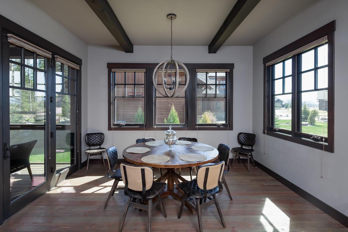 Luxury Home #1 Dining Room – Lindsay G