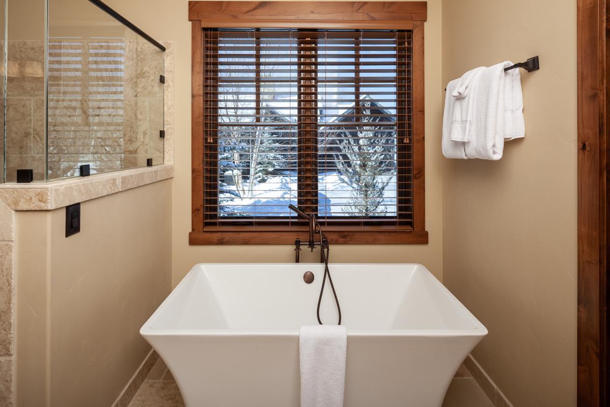 Luxury Home #14 Master Bath 2