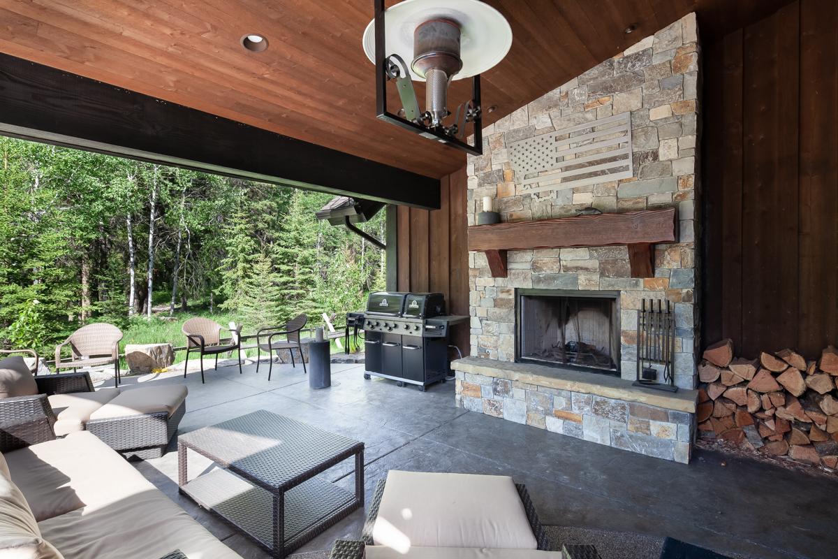 Luxury Home #7 - Patio 1 – Lindsay Goudreau