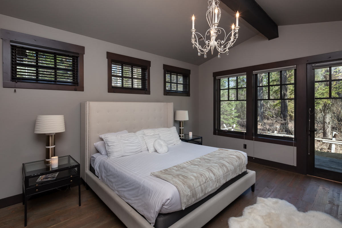 Luxury Home #1 Master Bedroom – Lindsay G