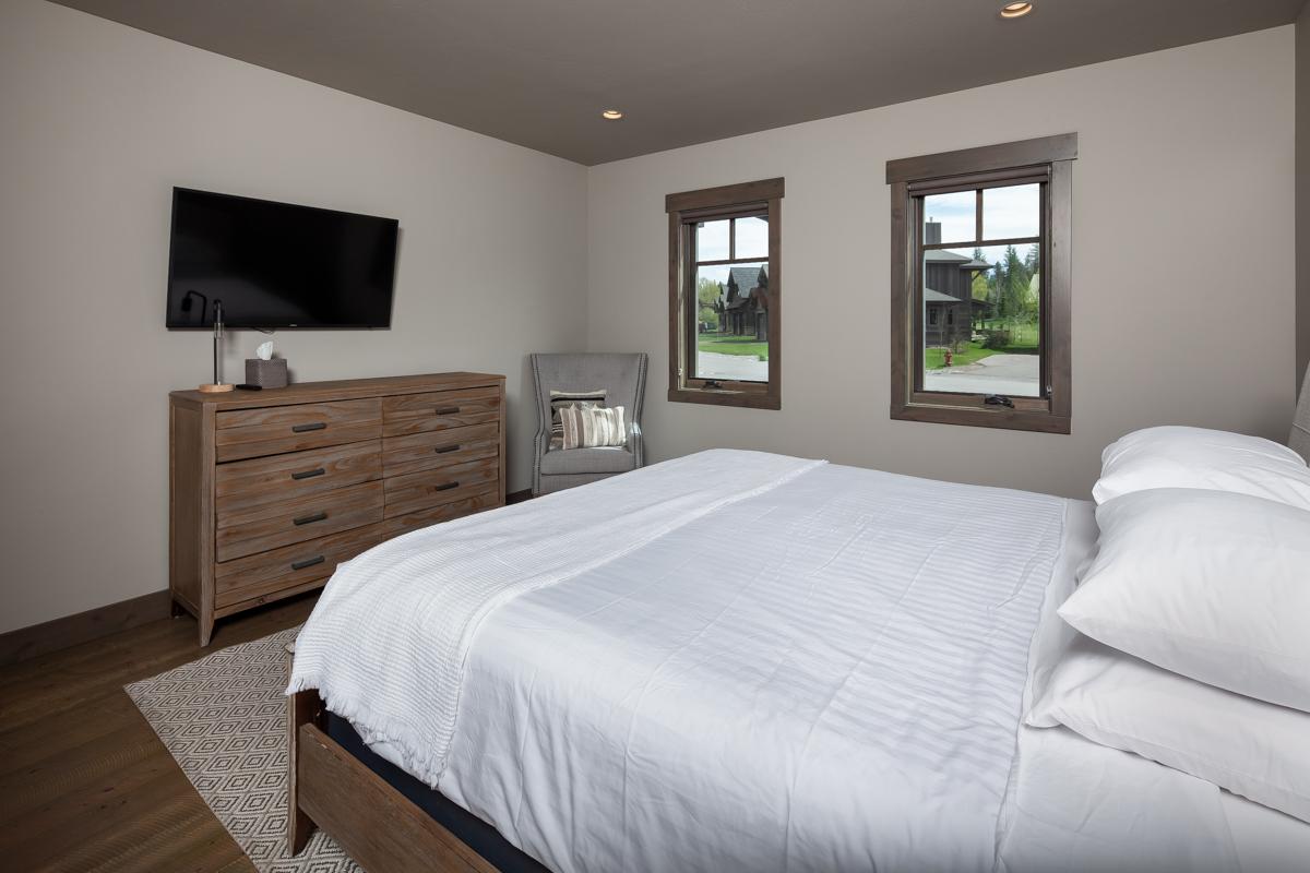 Luxury Home #3 - Bedroom #3 – Lindsay Goudreau