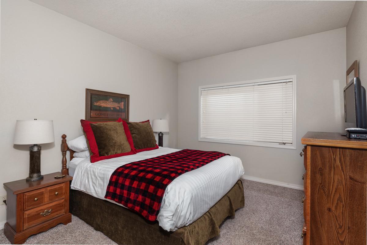 Bedroom 2 – Lindsay Goudreau