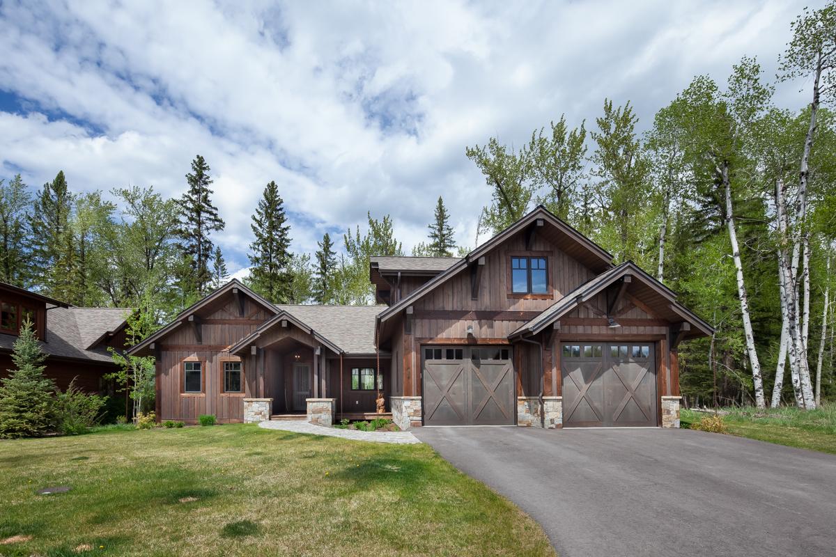 Luxury Home #3 - Exterior – Lindsay Goudreau