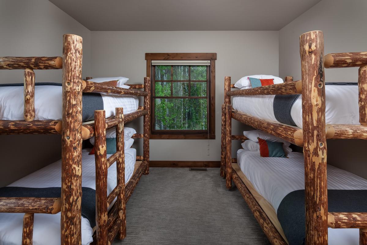 Luxury Home #8 Bunk Room – Lindsay Goudreau
