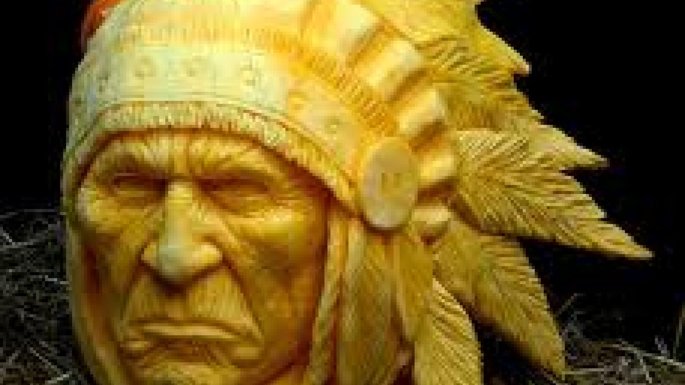 Artist Carving - Indian Chief Pumpkin – unknown