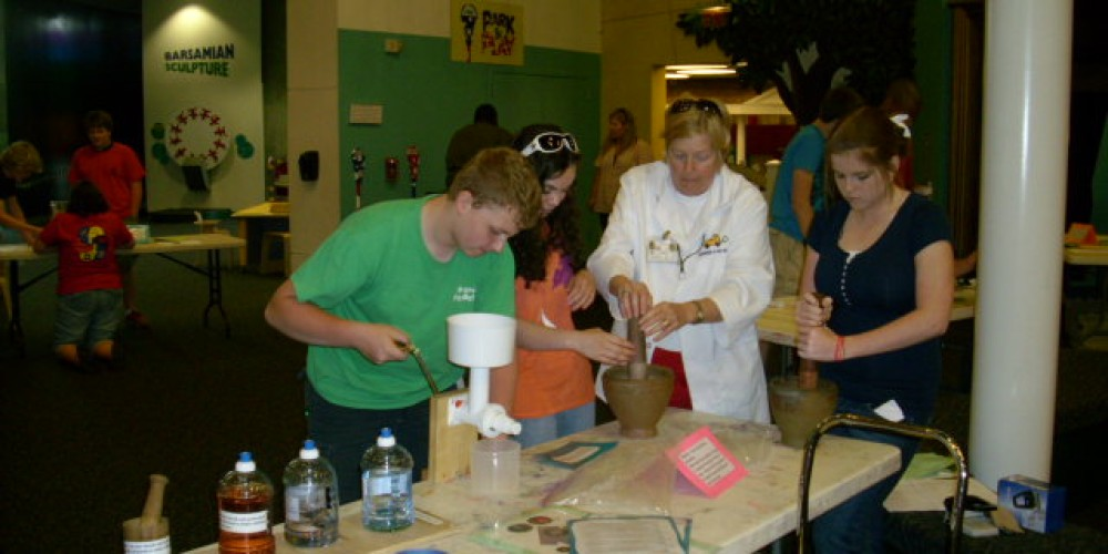 Volunteers at Creative Discovery Museum have a ton of fun and help bring smiles to children of all ages.