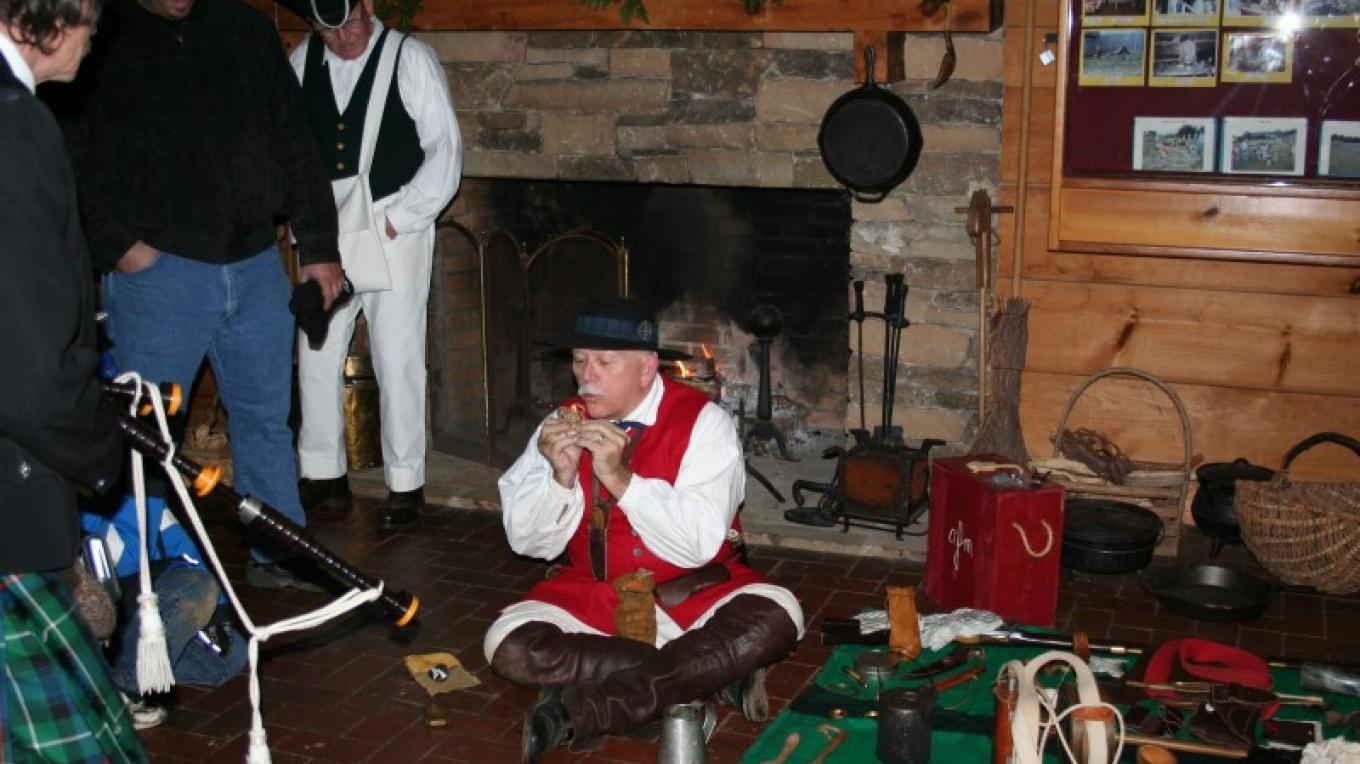 Re-enactor during Christmas Candlelight Tour – Pam May