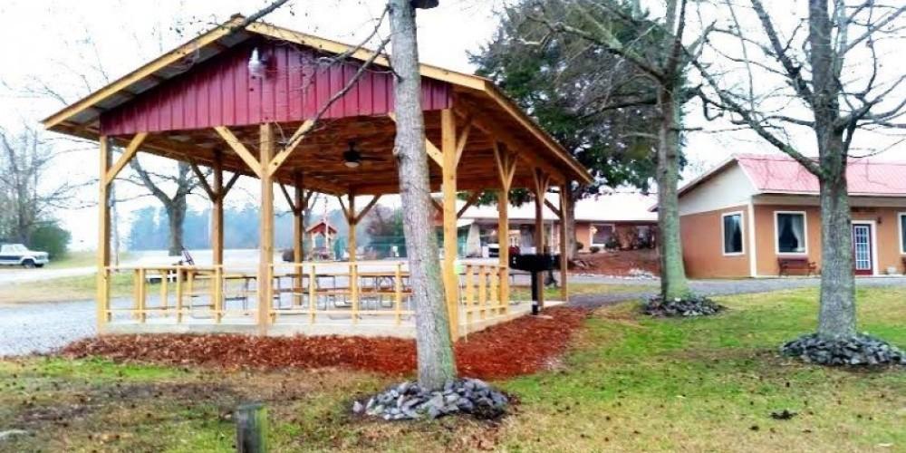 Bay Springs Country Inn Pavilion