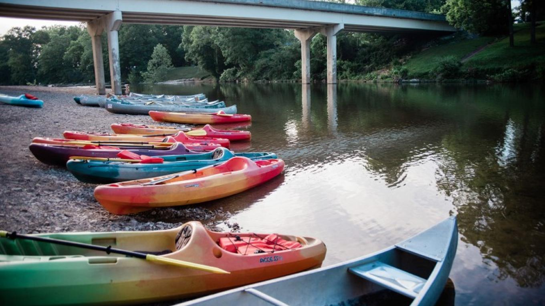 Crazy Horse Canoe Rentals – Cari Griffith