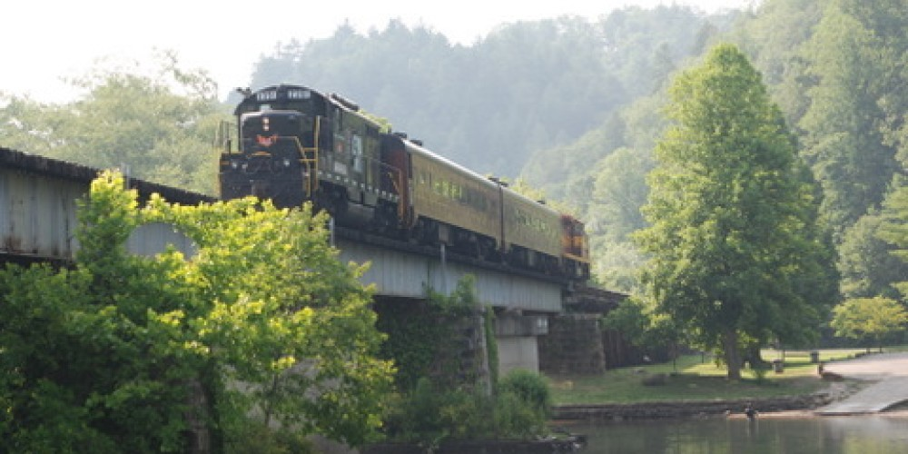 Train Crossing Hiwassee River in Reliance – Jim Caldwell