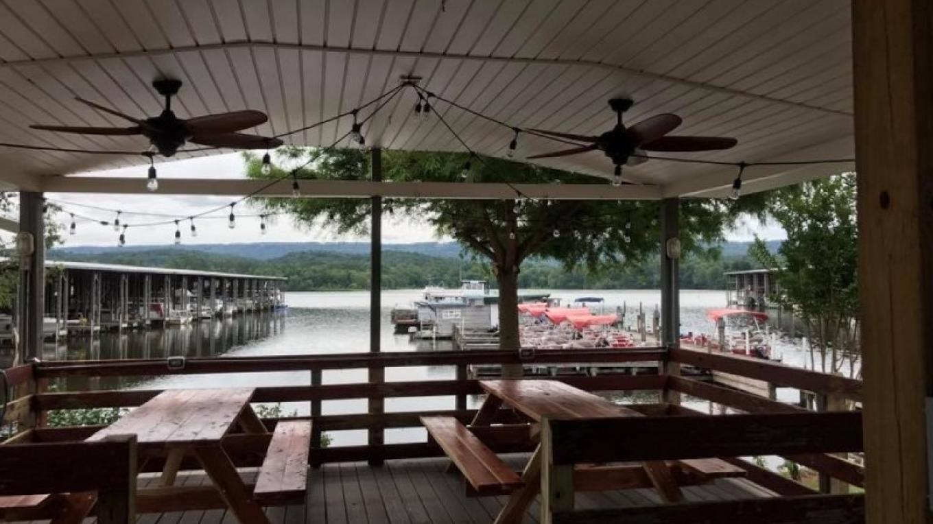 Outdoor Seating – Chuck Bryant