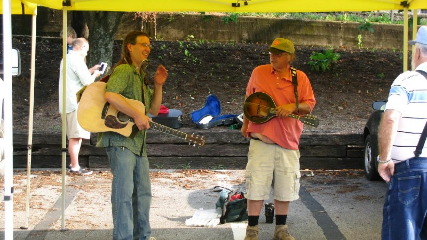 Chris Durman and Steve White  opening day at the Dandridge Farmer's Market. – Candy Durman