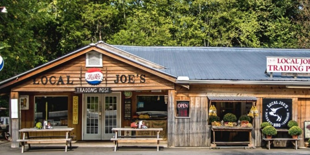 Local Joe's is located at the foothills of the Appalachian Mountains near Canoe Creek, in Rainbow City, Alabama. – Local Joe's