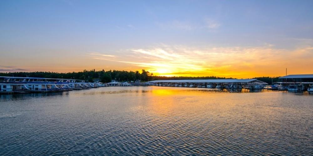 A marina sunrise. – Kentucky Dam Village State Park