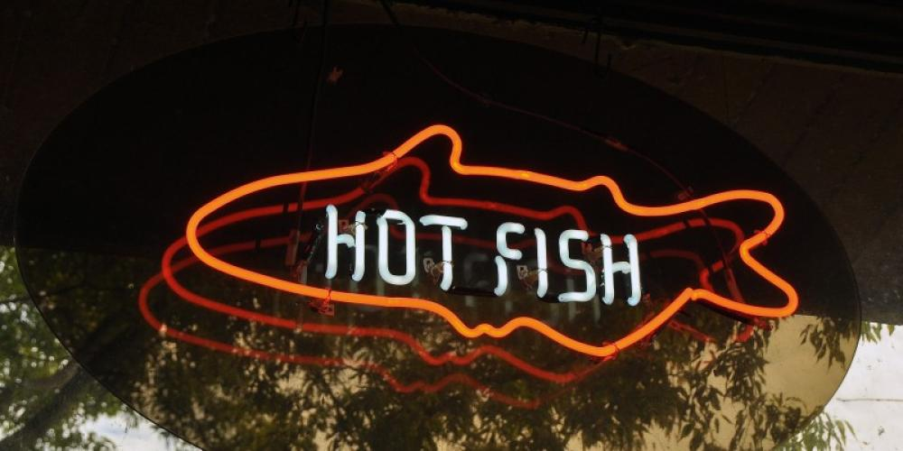 Signs like this drew hungry customers from miles around. They still flock to this area for fresh, Tennessee River catfish and other varieties of this fried delight. – Jean Owens