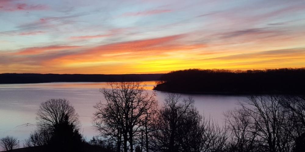 Sunrise on Kenlake – Jeff Russell