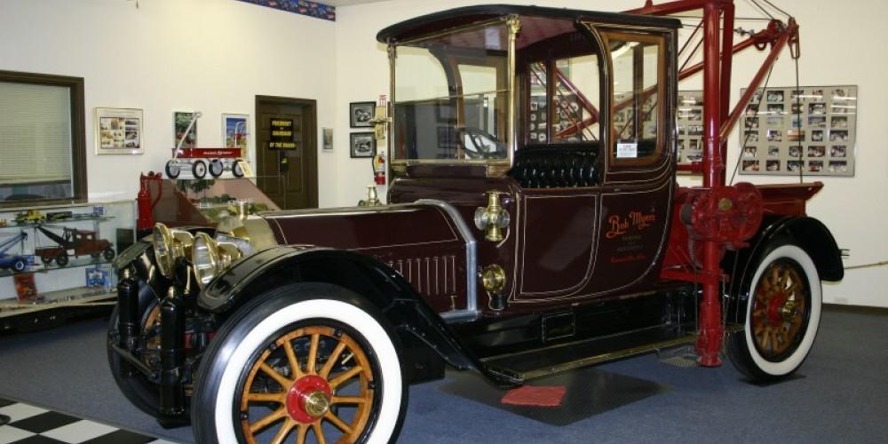 1916 Locomobile w/485 Holmes