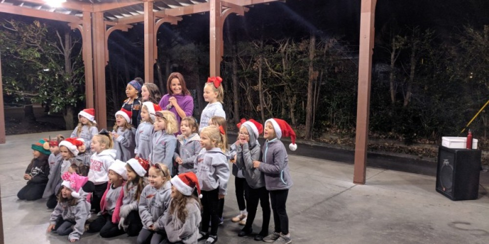 Miss Amy's Amazing Dancers performed several adorable numbers! – Esther Wood