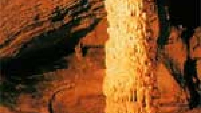 Big column, Tuckaleechee Caverns – Tuckaleechee Caverns