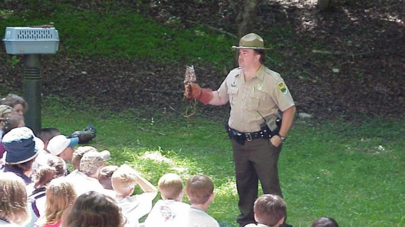 Ranger Mike Scott leads program at Norris Dam State Park – State Photo