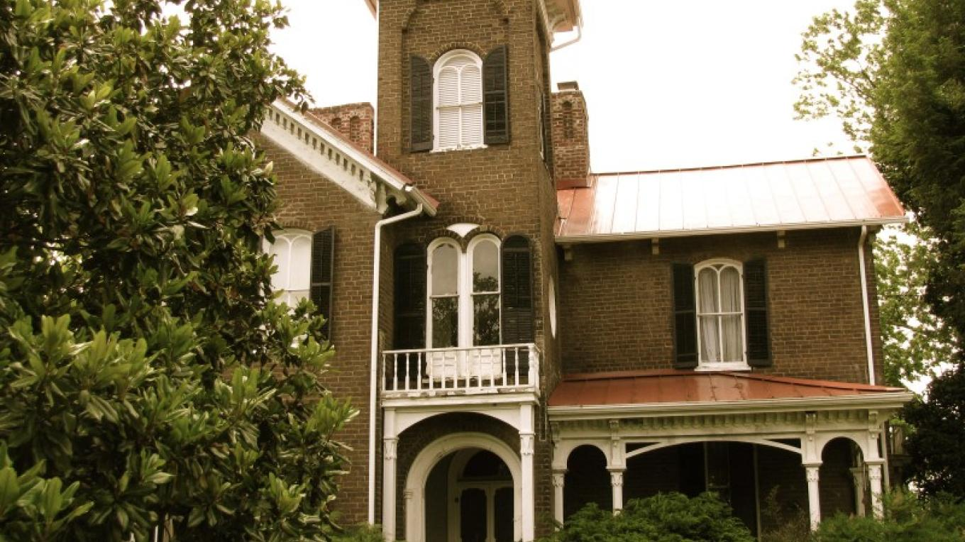 Italianate Reconstruction era mansion circa 1872 – Candy Durman