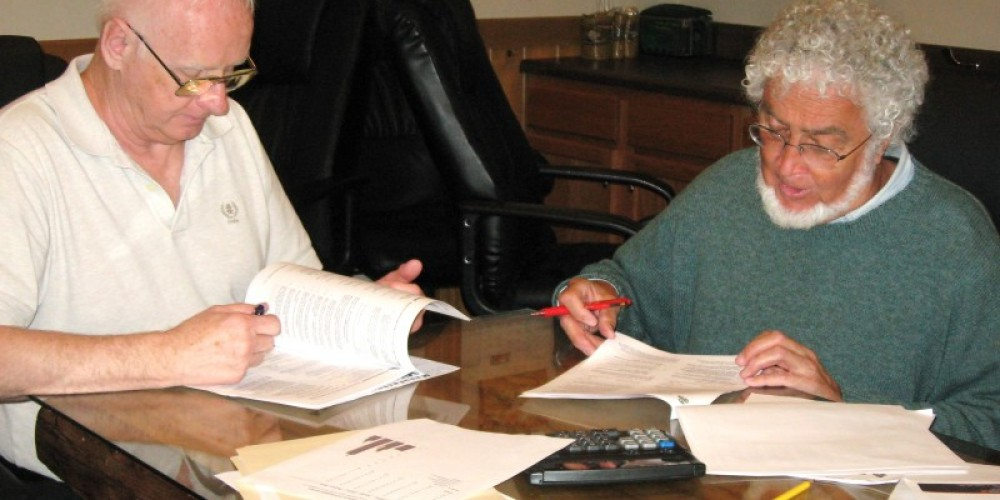 Chamber staff work with Dr. Richard Buggeln of the University of Tennessee to update program checklists. – Erin Moran