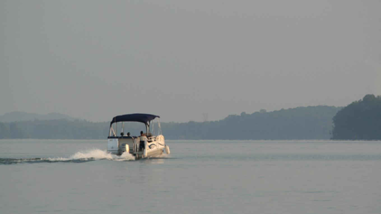 Boating on Watts Bar Lake – Pam May