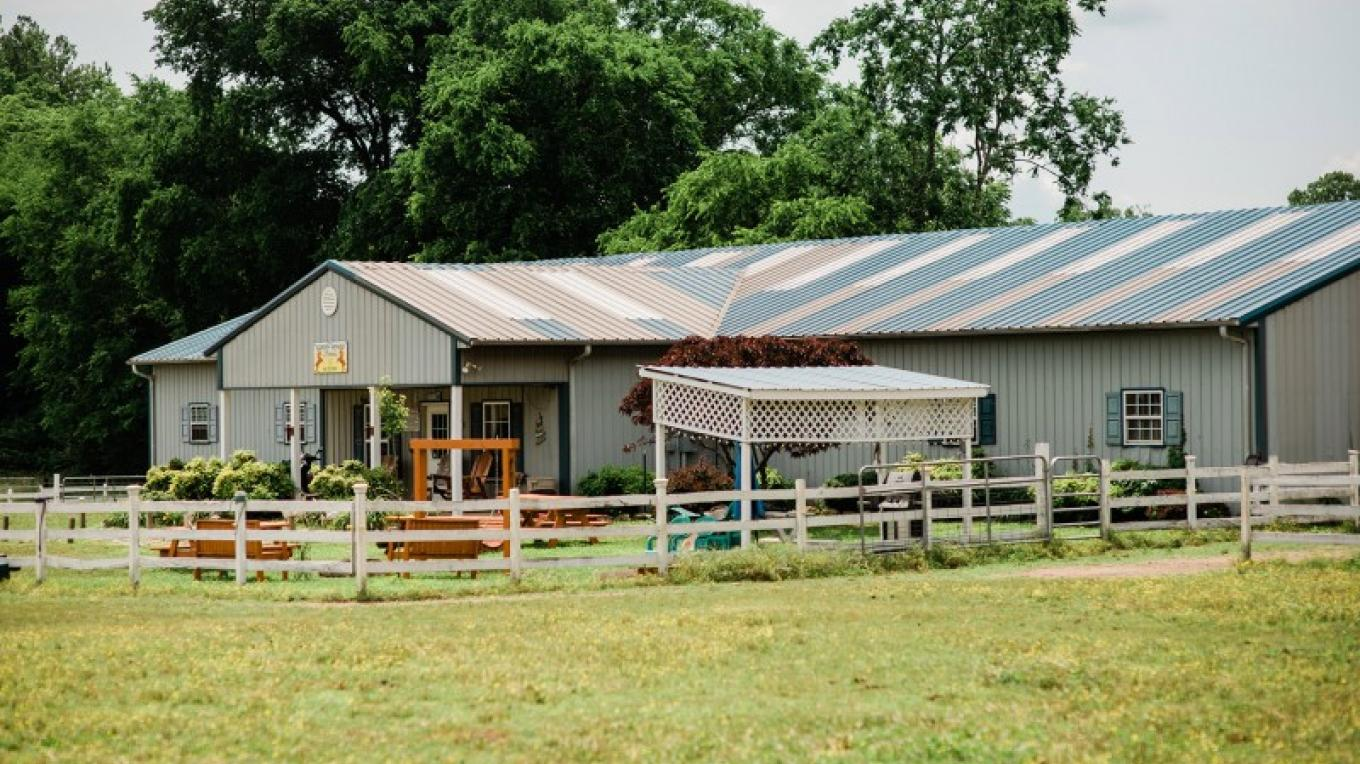 Green River Stables – Cari Griffith