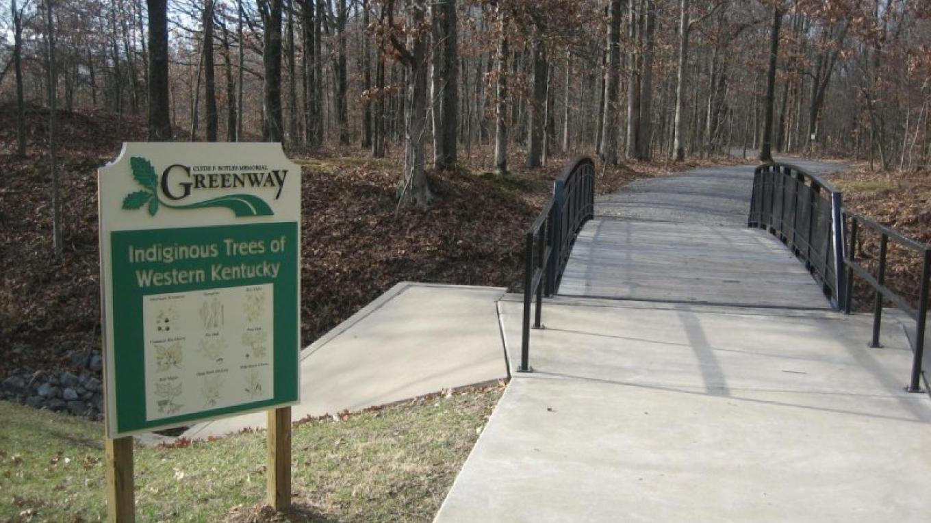 The Greenway Trail is an easy bike ride throughout the city of Paducah.