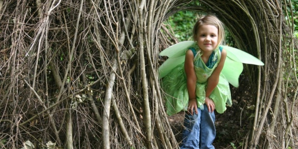 Fairy House day at Jo's Grove - nature play area. – Ijams Nature Center