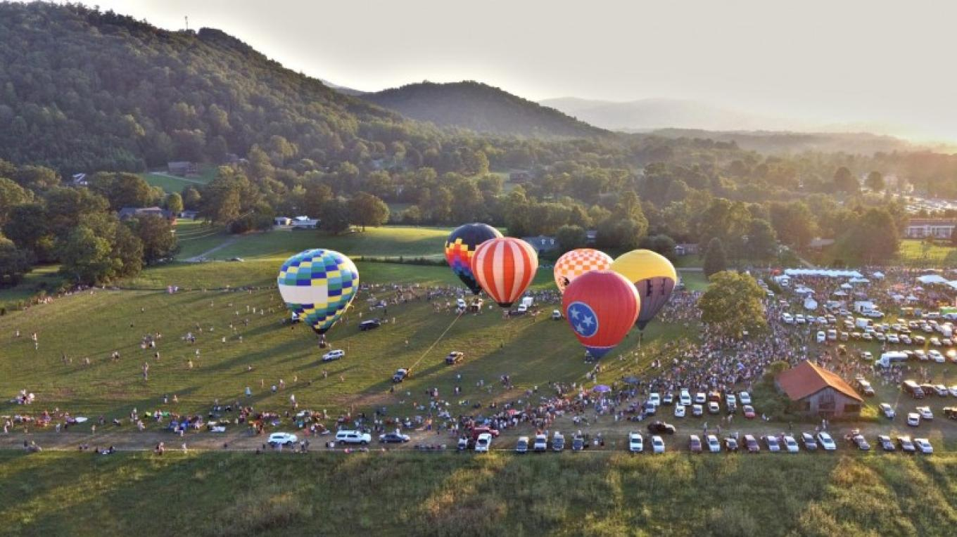 Walk among the balloons and talk to the pilots. – Great Smoky Mountain Balloon Festival