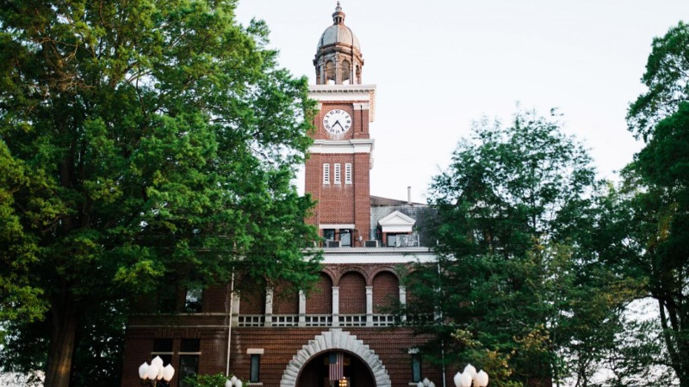 Henry County Courthouse – Cari Griffith