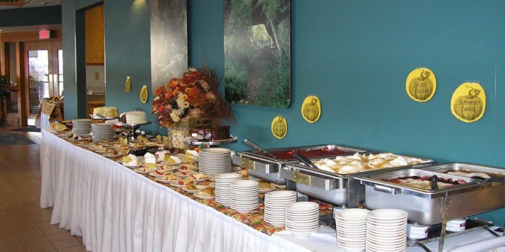 Holiday Dinner Buffet dessert table – Kentucky State Parks