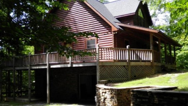 Other Side of the Mountain  3 bedroom Lakefront near Norris Landing Marina – Kathy Nixon